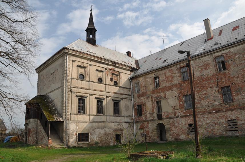 Zámek Svijany před rekonstrukcí