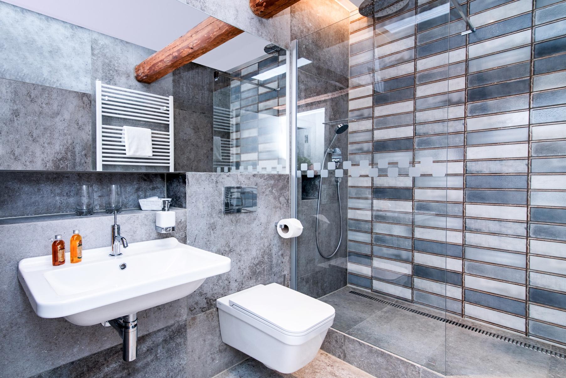 Koupelna v nově otevřeném Hotelu Zámek Svijany