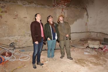 ...v podzemí zámku